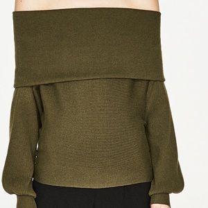 Rubbed off shoulder bandeau sweater